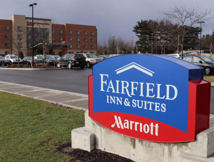 Fairfield Inn & Suites Marriott Sign